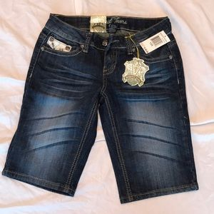 NWT! Request jean shorts size 25/1
